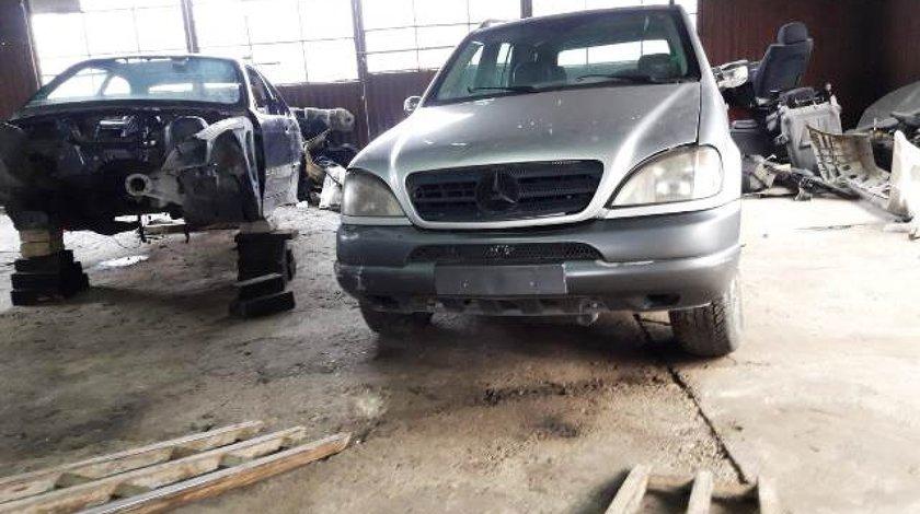Mercedes ML400 W163 4.0cdi; 2002; Suv