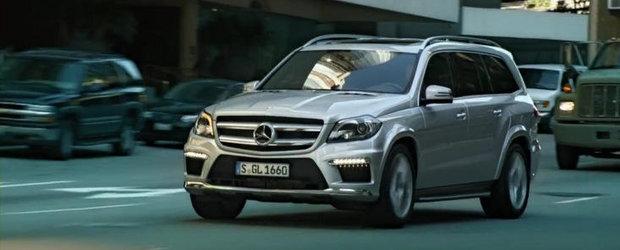 Mercedes promoveaza noul GL-Class cu un spot absolut genial. Garantam!