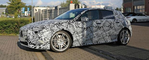 Mercedes pune la punct ultimele detalii. Noul A45 AMG, surprins pe strazi in versiunea de productie