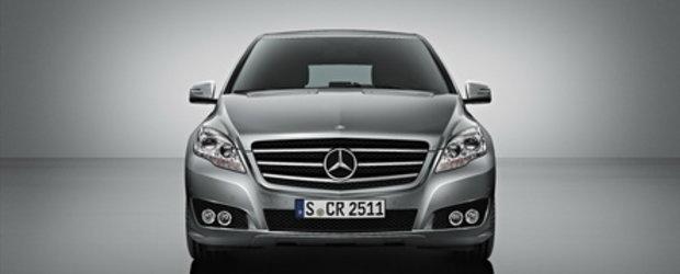 Mercedes R Class la N.Y. Motor Show