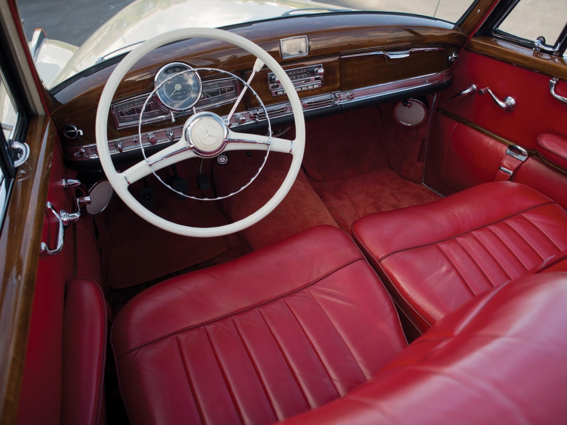 Mercedes S-Class: de la origini pana in prezent. Cum a evoluat interiorul regelui limuzinelor de lux - Mercedes S-Class: de la origini pana in prezent. Cum a evoluat interiorul regelui limuzinelor de lux