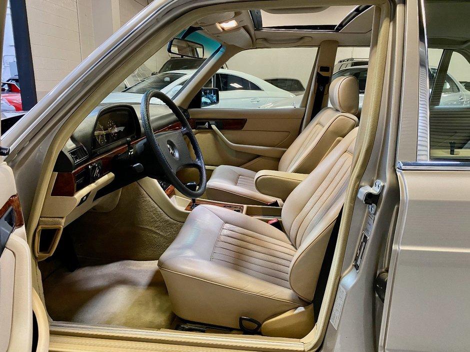 Mercedes S-Class W126 de vanzare