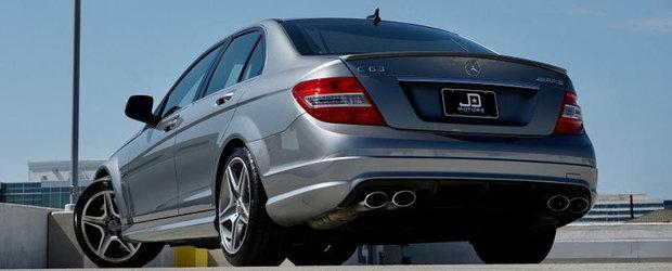 Mercedes-ul ASTA cu motor de 6.208 cmc are 451 CP si se vinde la pret de Dacie. POZE REALE