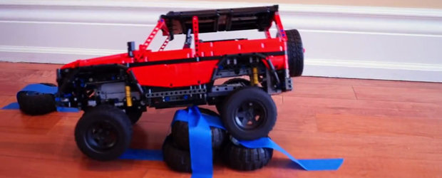 Mercedes-ul G-Class din LEGO e la fel de potent ca modelul original