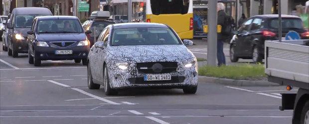 Mercedes vrea sa isi intareasca pozitia de lider. Germanii scot in teste noua versiune de caroserie