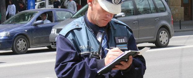 Mit sau realitate: politistul rutier este obligat sa incaseze amenda pe loc