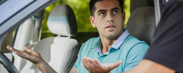 Mit sau realitate: pot sa fiu amendat daca ascult muzica prea tare in masina, in timp ce conduc?