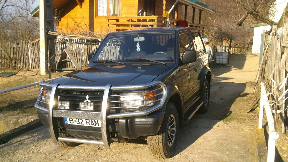 Mitsubishi Pajero 2.5 intercooler turbo
