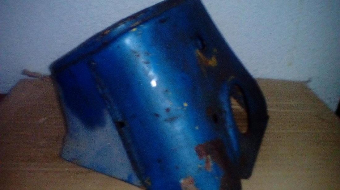 Mobra - Mască far și carburator