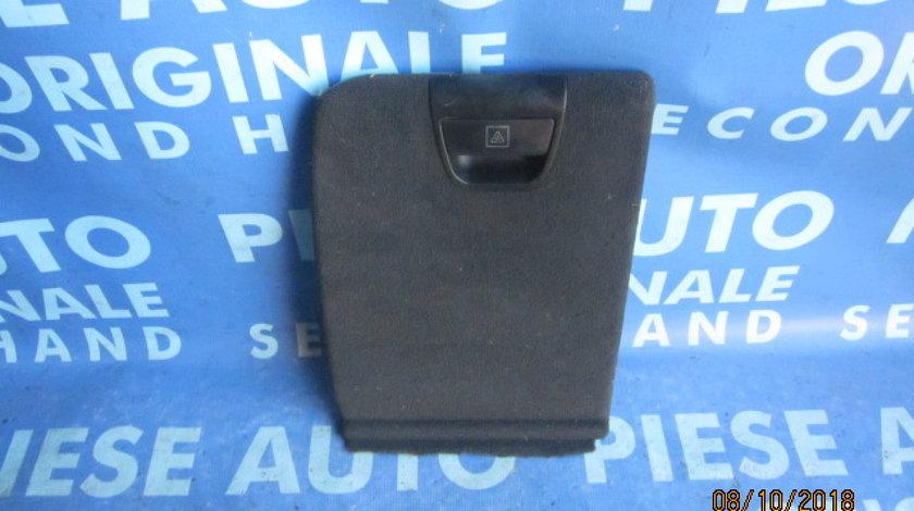 Mocheta portbagaj BMW E53 X5; 7034365 (capac trusa primul ajutor)