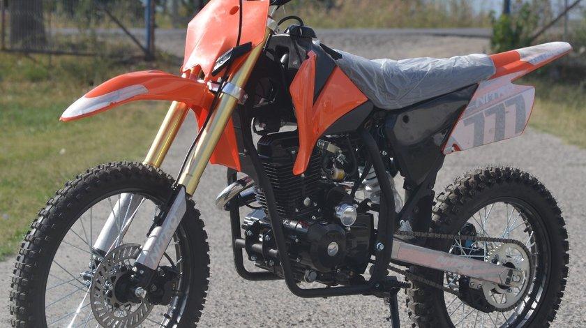 Model: Hurricane Dirt bike 250cc  Speedy