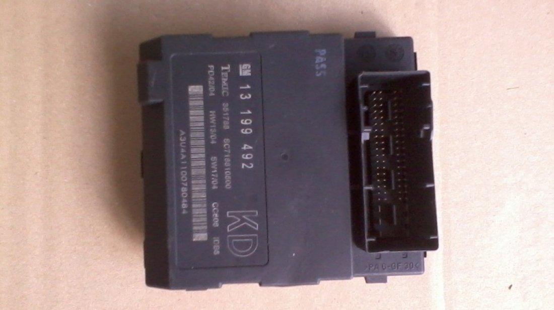 Modul confort BCM Opel Vectra C, Signum cod 13199492 KD