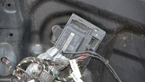 Modul confort VW Touareg 7L cod: 4F0959792 model 2...