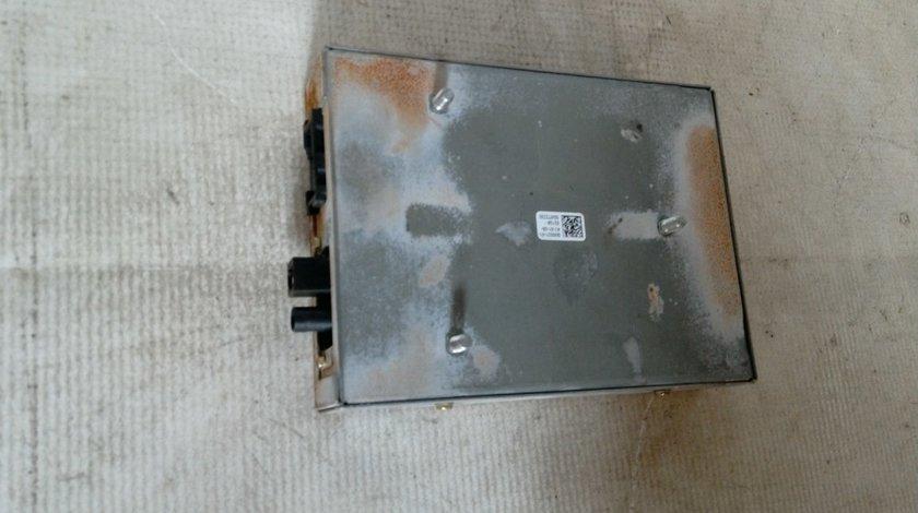 Modul radio Saab 9-3 GRUNDIG An 2005-2012 cod 330913687