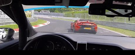 Momentul acela cand esti cu un McLaren pe Nurburgring si te intrec un Megane RS si un Leon Cupra