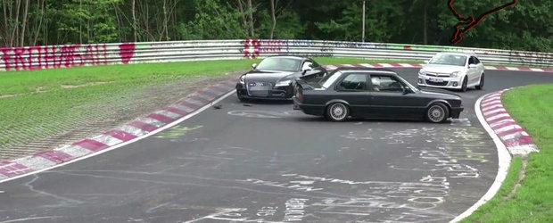 Momentul in care un Audi TT scoate de pe 'Ring un BMW E30
