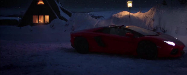 Mos Craciun conduce anul acesta un Lambo Aventador de 700 reni putere. Iata si dovada!