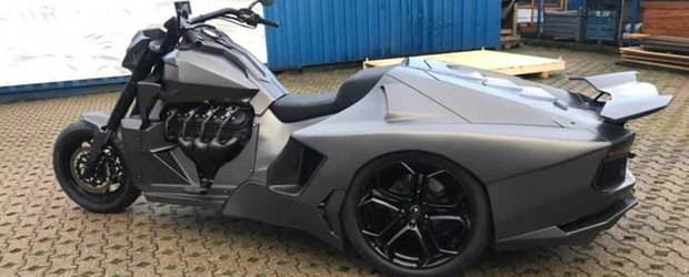 Motocicleta care seamana cu un Lamborghini. Propulsia e asigurata de un motor V8