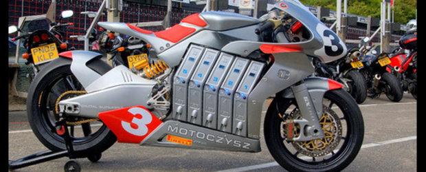 Motocicleta de inalta tensiune