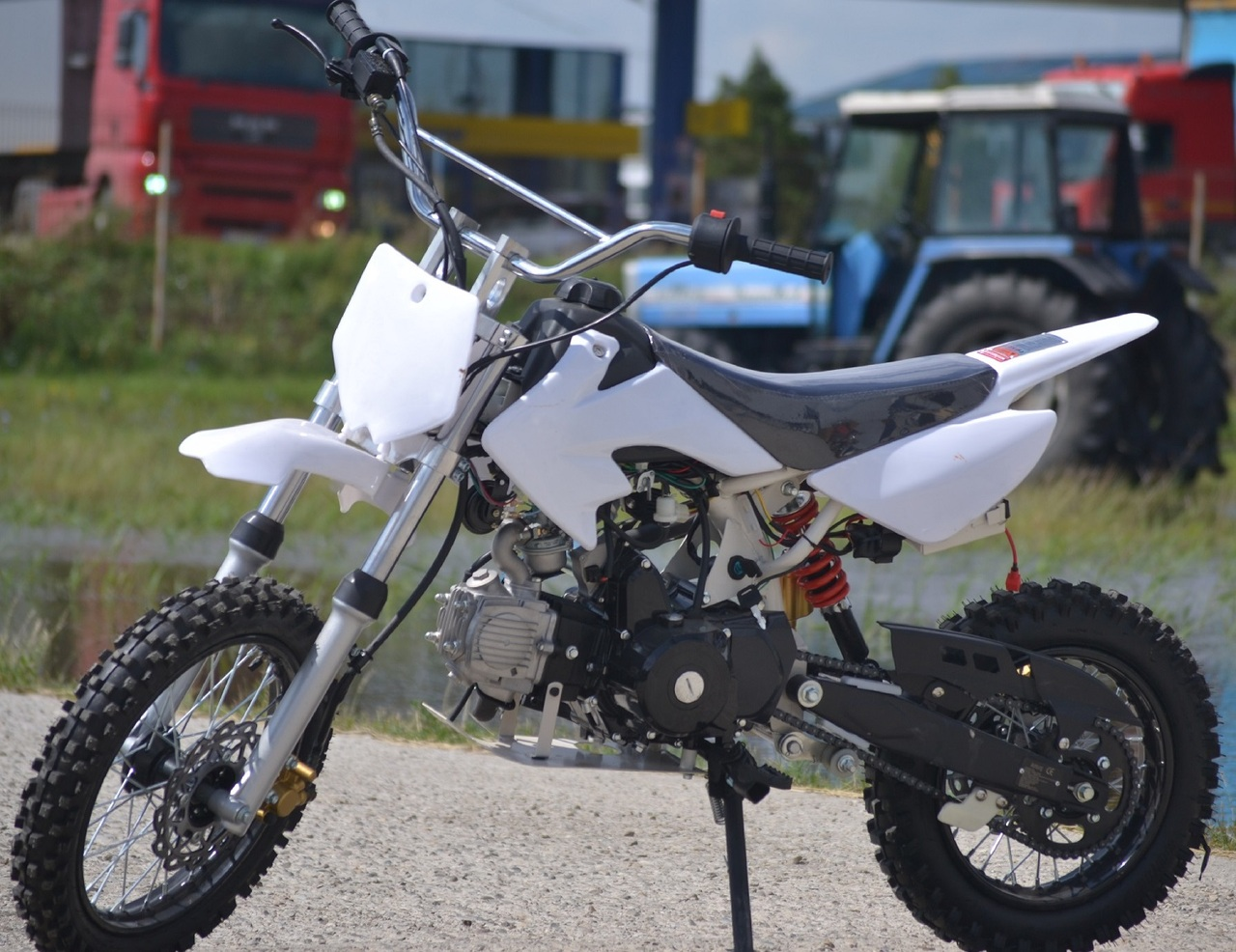 Motocicleta Loncin 125cc Automata Import Germania