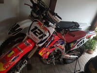 Motocross Honda crf 450R an 2005 modificata pentru competitii