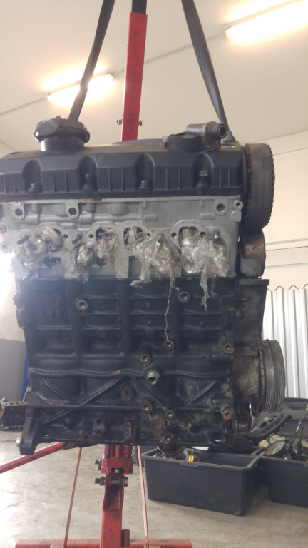 Motor 1.9 tdi avb audi a4 b6 vw passat b6 skoda superb