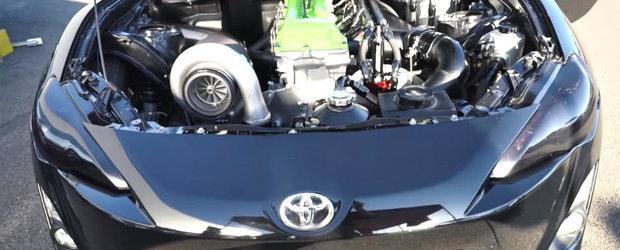 Motor de Land Cruiser si 1.800 de cai pe o Toyota GT86? Da, ai vazut bine. Acum uite-o in actiune