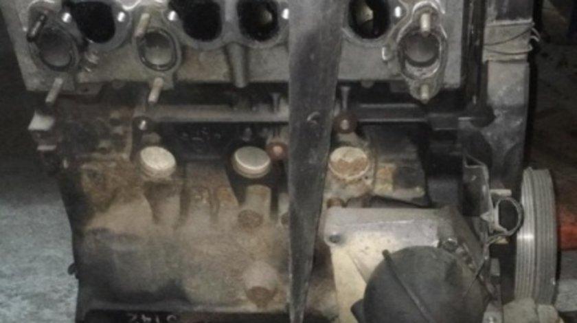 Motor Diesel Volkswagen Passat B5 (1996-1999) 1.9 TDI, 90 CP ALH 028103021bl