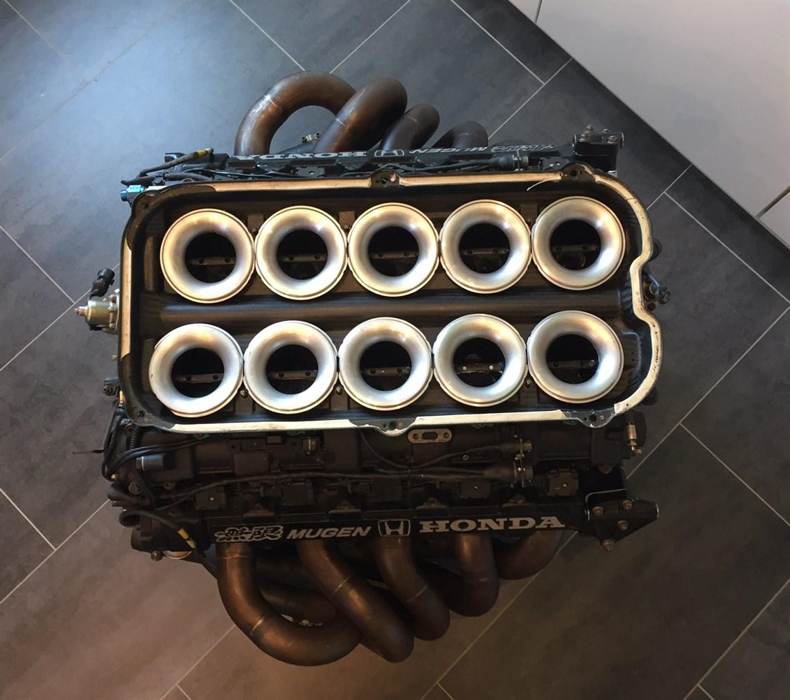 Motor F1 de vanzare - Motor F1 de vanzare