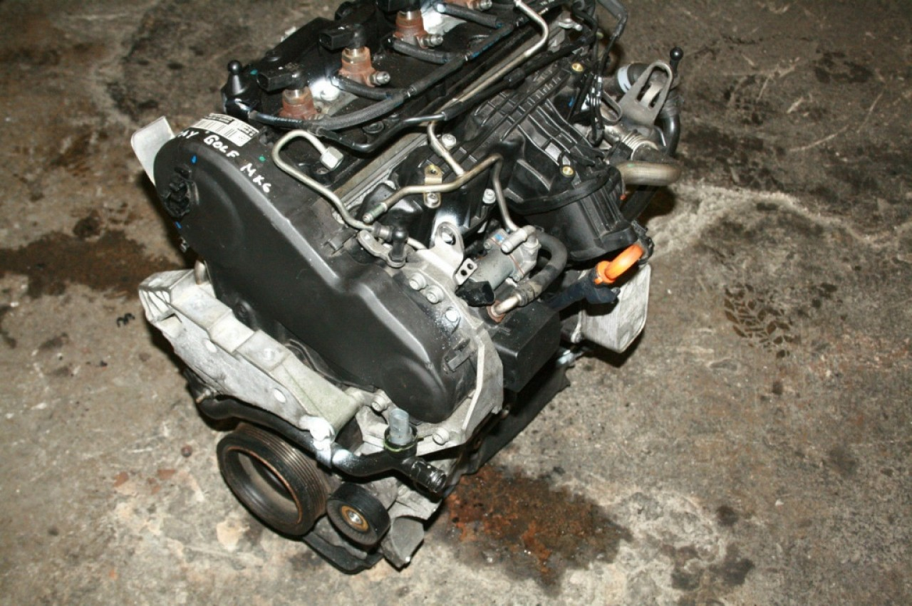 Motor fara accesorii audi a3 8p 1.6 tdi cayc 105 cai