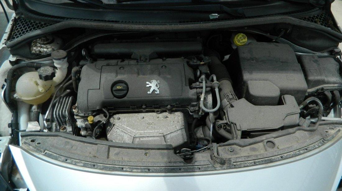 Motor fara anexe Peugeot 207 Hatchback 1.4 benzina model 2006