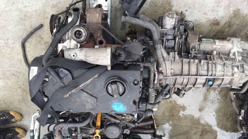 Motor fara anexe VW Passat AVB, cutie automata 5HP-19