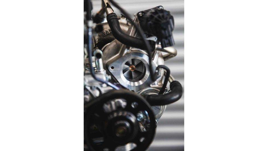 Motor Honda Civic Type R