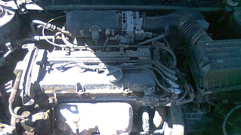 Motor Hyundai Coupe-1.6 16v
