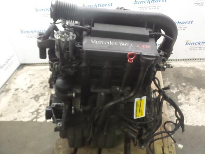Motor Mercedes Vito (638) 2.2 CDI cod motor OM611980