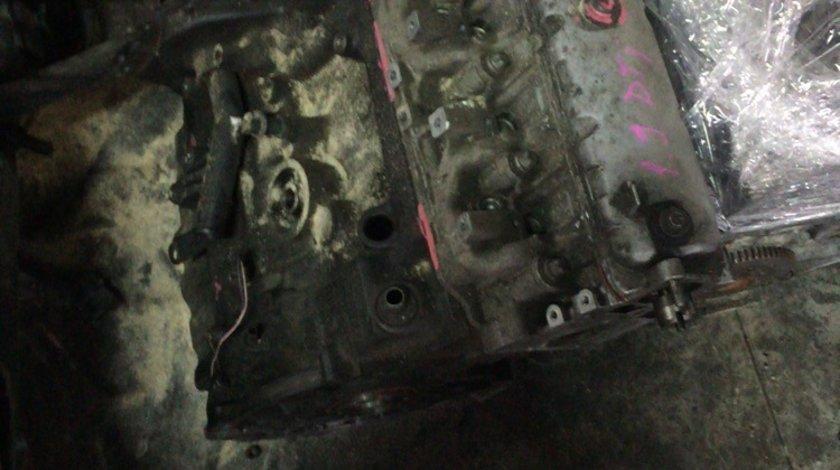 motor nissan primastar 1.9 dti 101 cp 2001