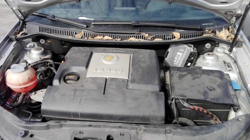 motor pentru volkswagen polo 9n , an fabricatie 2003 , 1.2 12v tip AZQ
