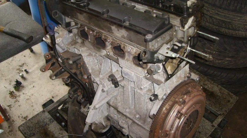 Motor peugeot 406 2.0i rfn 136 de cai