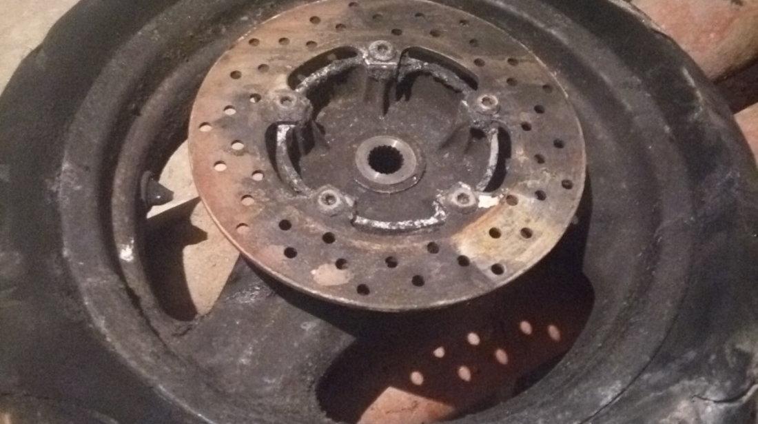 Motor scuter