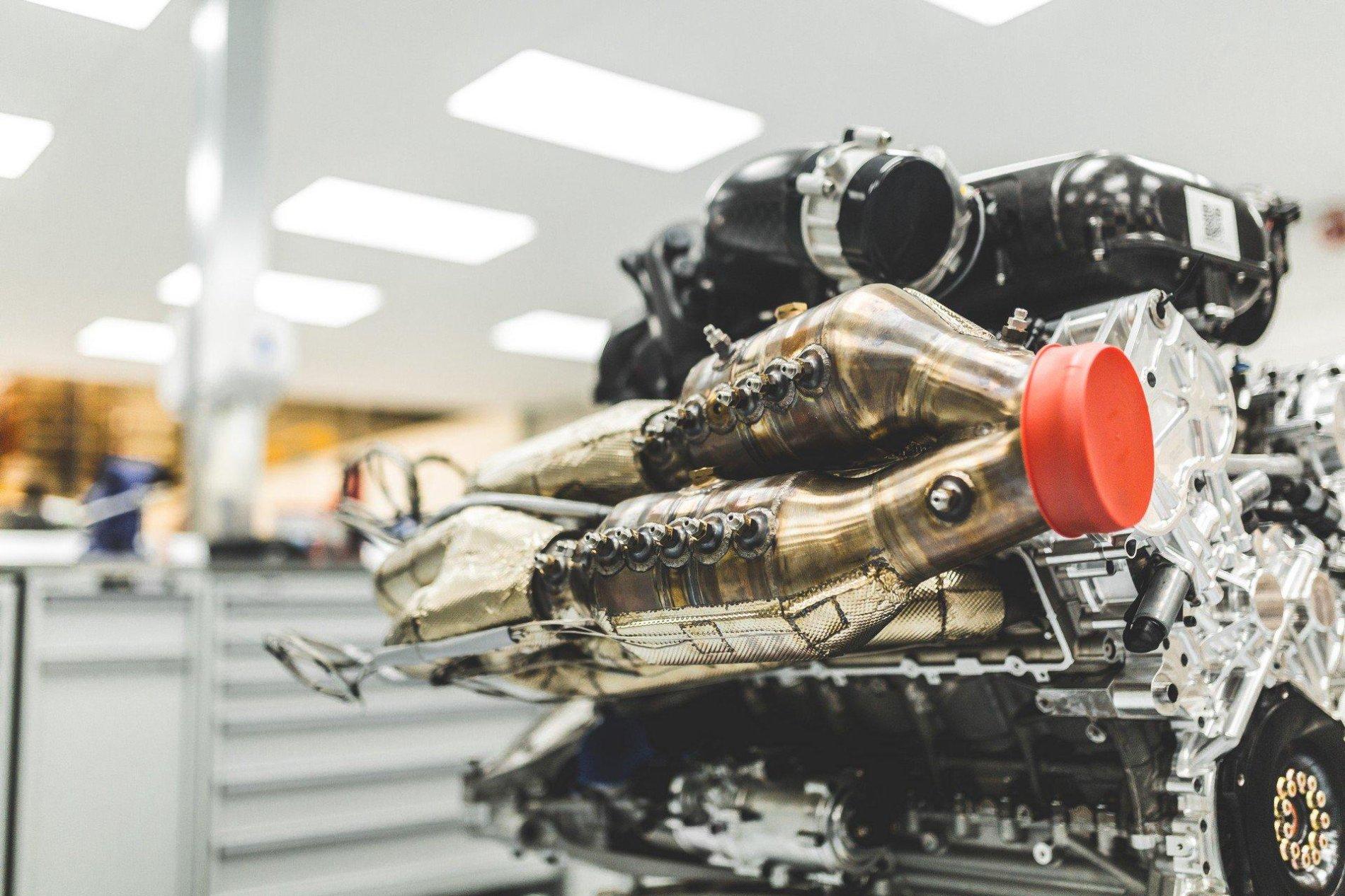 Motor Valkyrie - Motor Valkyrie