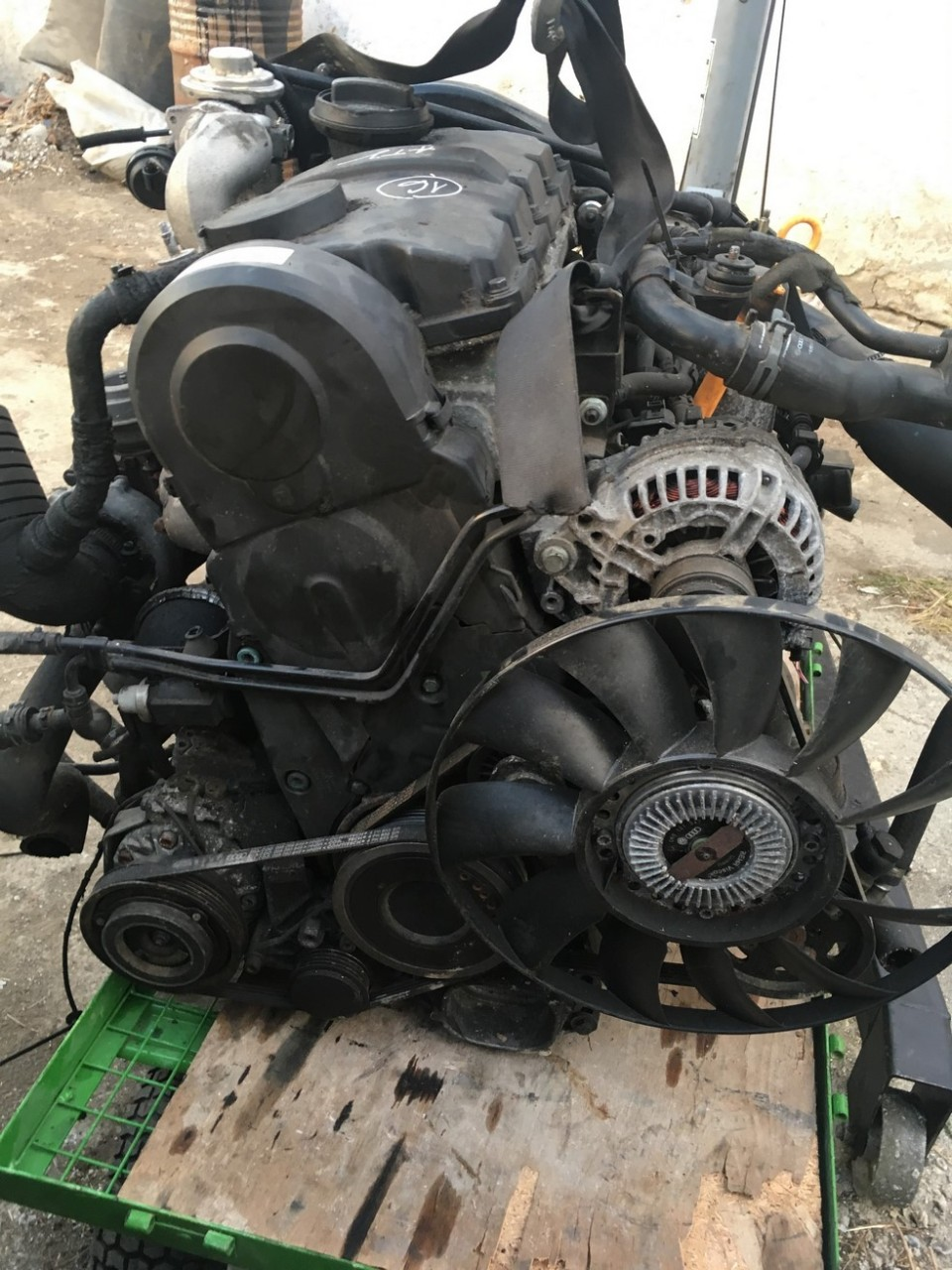 Motor Volkswagen Passat 1.9 TDI 85KW /116 CP cod motor : ATJ
