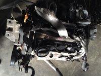 motor volskwagen golf 4  1,6 16 v,77 kw