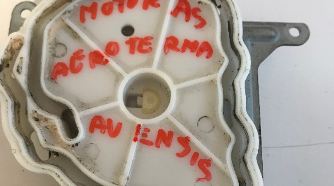 Motoras clapeta aeroterma toyota avensis 2.0 d 2004 cod: 0637008820