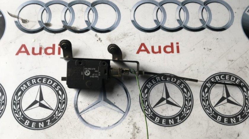 Motoras deschidere rezervor BMW E60 6923975