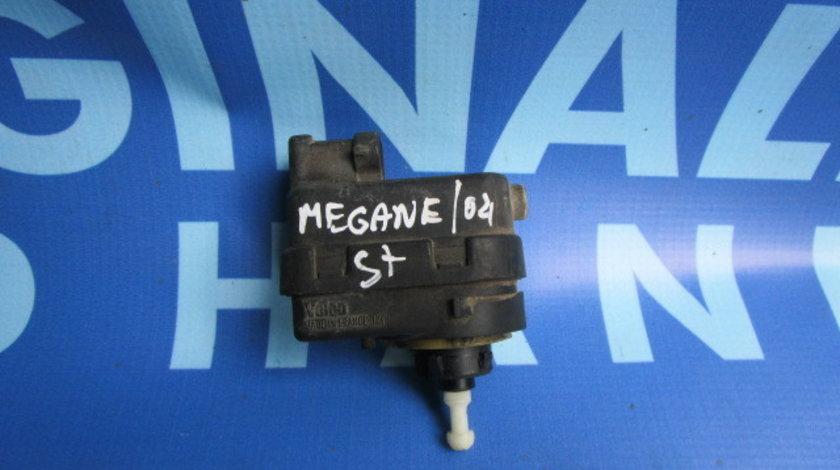 Motoras faruri Renault Megane;  820013459416//820013459418