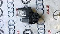 Motoras geam dreapta fata Audi A4 B7 8E2959802F