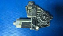 Motoras geam dreapta spate opel astra g 0130821752