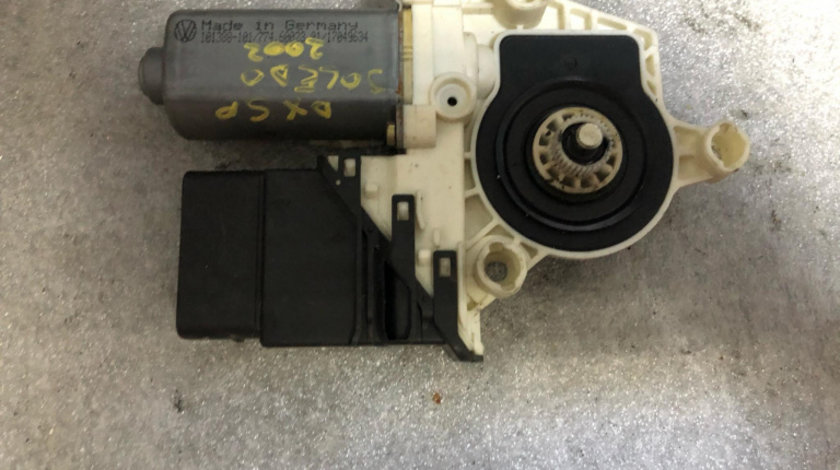 Motoras geam dreapta spate seat toledo 1j4959812c
