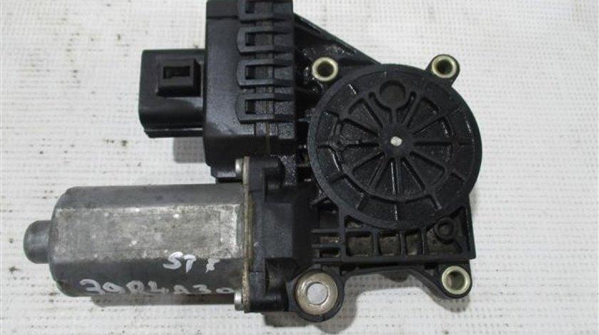 Motoras geam stanga fata Audi A6 An 2000-2005 cod 130821770