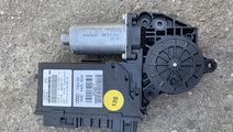 Motoras macara dreapta fata Audi A8 D3/4E [2002 - ...